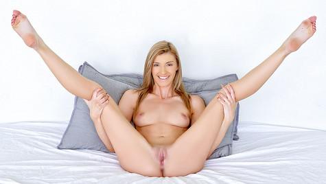 Porn Pros - Azalea Star