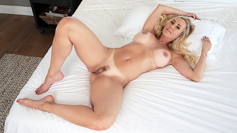 GirlCum - Brandi Love